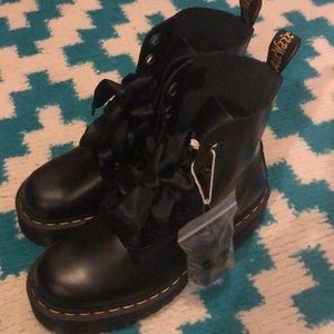 Holly Doc martens size 8